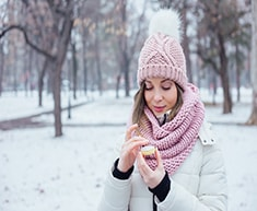 protect-skin-in-winter-sm.jpg