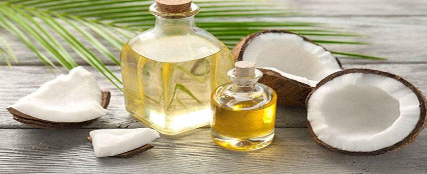 روغن نارگیل منبع خوبی برای مرطوب کردن پوست صورت است