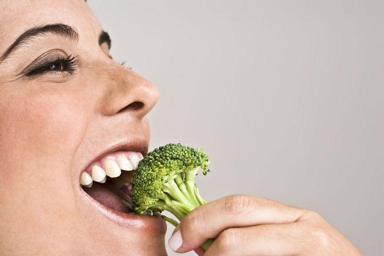 خوردن سبزینه برای بهتر شدن پوست